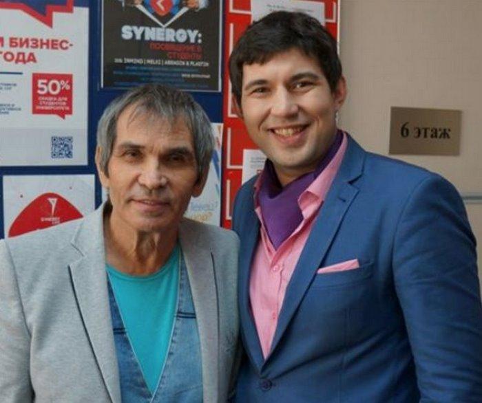 «Нам не стыдно, мы довольны»: сын Алибасова признался, что на болезни отца заработал более 26 миллионов рублей