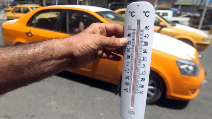 В Кувейте сейчас 63! Плавятся даже машины