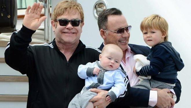 Российский политик рассказала, почему гей-парам нельзя иметь детей