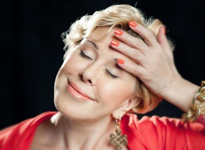 Любовь Успенская в свои 65 лет уверяет, что никогда не прибегала к пластической хирургии