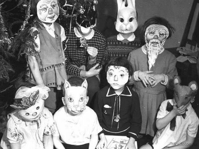 Наш ответ Хеллоуину: лучшие новогодние костюмы из советского детства