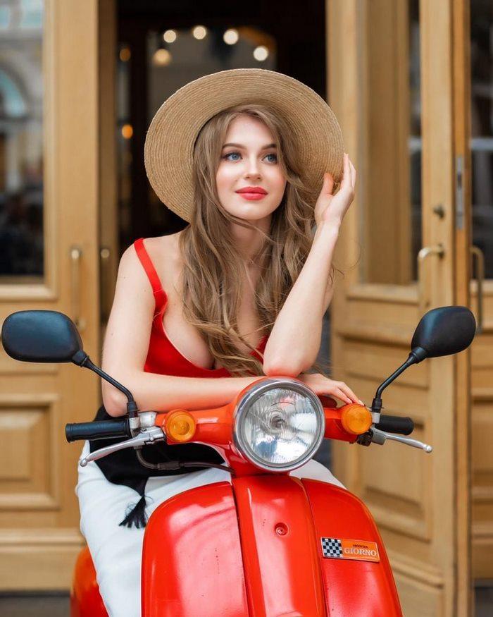 «Все свое – родное, и никакой пластики!»: Как выглядит самая красивая россиянка