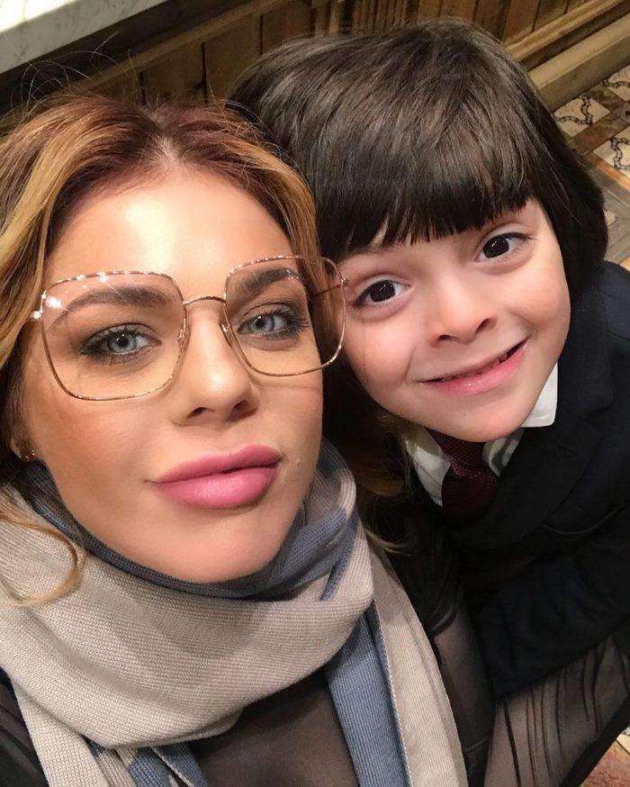 Слухи в сети заставили Анастасию Стоцкую открыть личность своего супруга