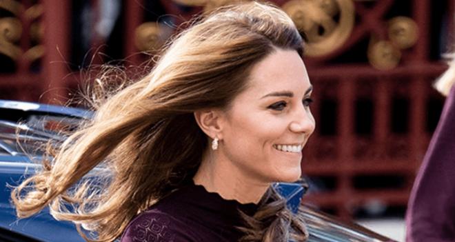 Кейт Миддлтон очаровала британцев женственным и элегантным осенним образом