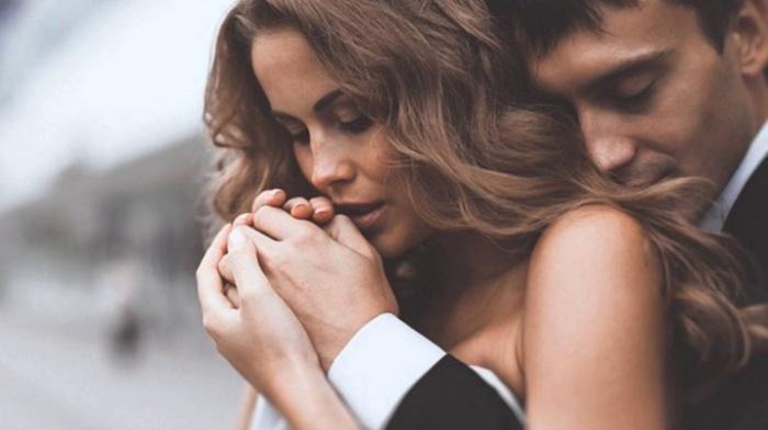 Мужчина, который не любит свою женщину, делает с ней эти 5 вещей