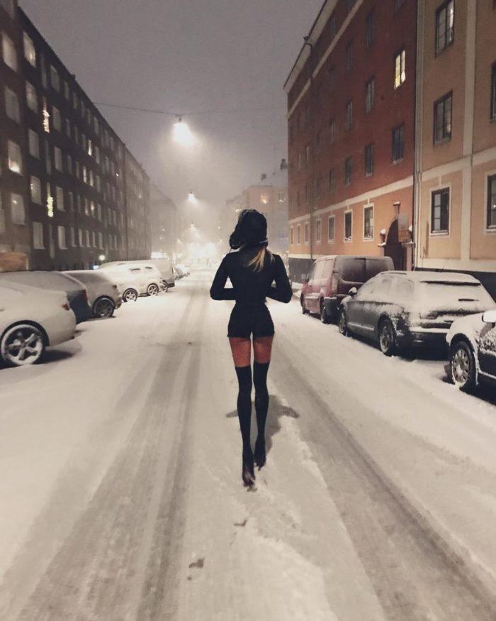 Шведская модель получает миллионы долларов за свои ноги