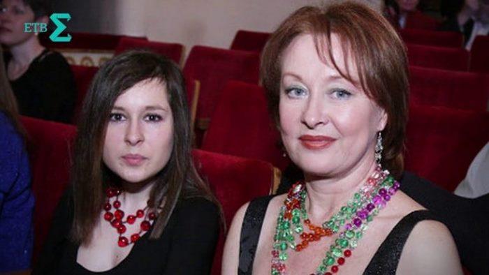 Актриса Лариса Удовиченко показала дочь, судьба которой так и не сложилась