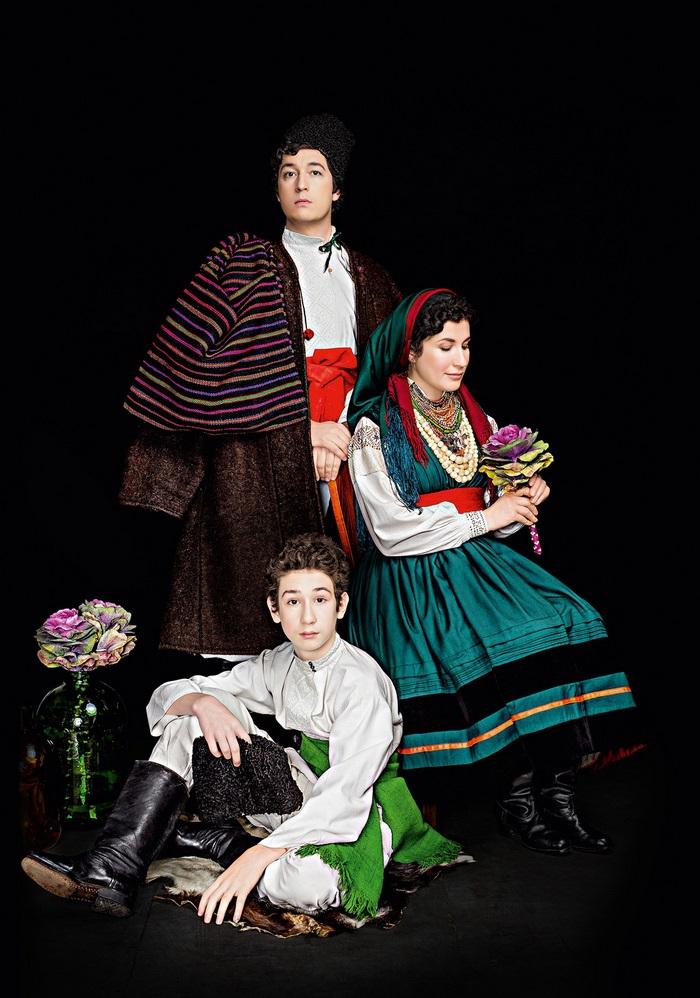 Потрясающие снимки знаменитых украинских артисток в национальных костюмах