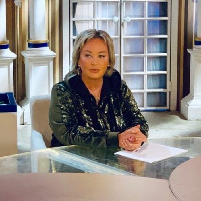 «Бесстыжая тетка»: блоггерша Лена Миро «прошлась» по телеведущей Ларисе Гузеевой