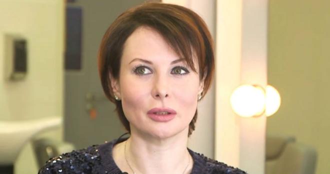 Тайно счастлива: Ольга Погодина скрывает от всех возлюбленного, который старше нее на 15 лет