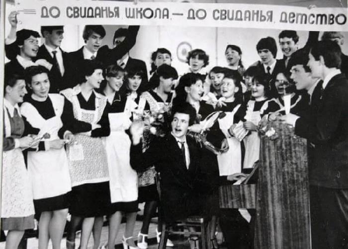 Какими были школьницы 70-х годов 20 века