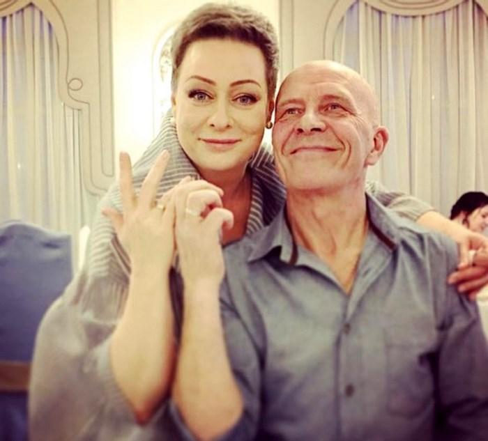 После 20 лет отношений Мария Аронова все же решила стать женой отца своей дочери