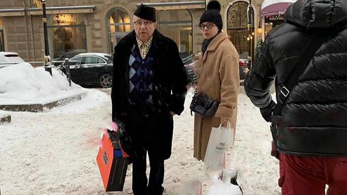 Молодая жена 74-летнего Евгения Петросяна ждет ребенка: стали известны подробности звездной свадьбы