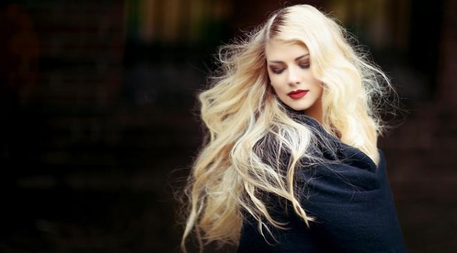 """Сколько """"стоит"""" умница и красавица: в соцсетях удивились расценкам на красоту москвичек"""