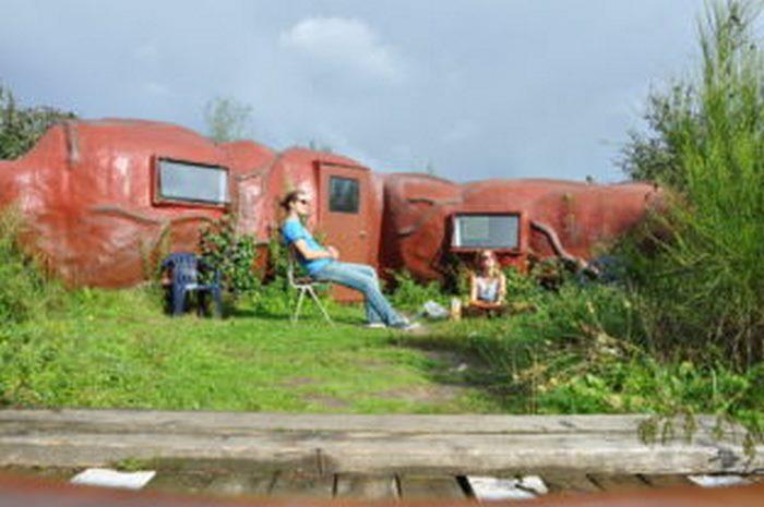 В Бельгии туристам предлагают переночевать в «заднем проходе»