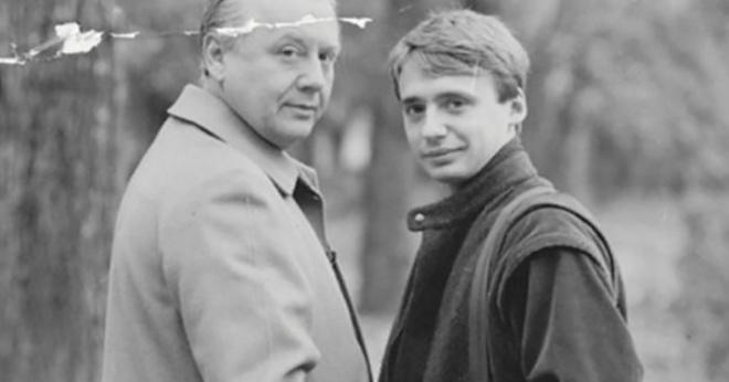 Ребенок, который родился от романа Ефремова и супруги его близкого друга Табакова: как сложилась судьба мальчика спустя 30 лет